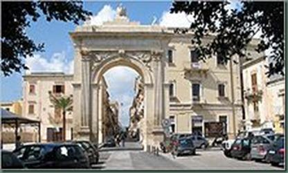 220px-NotoSR-Porta_Reale
