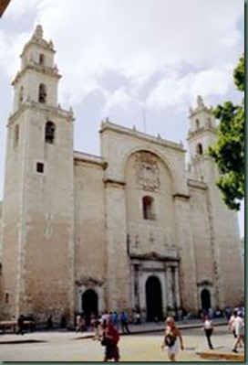 180px-Merida-cathedral