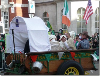 Ирландские переселенцы в своей кибитке.