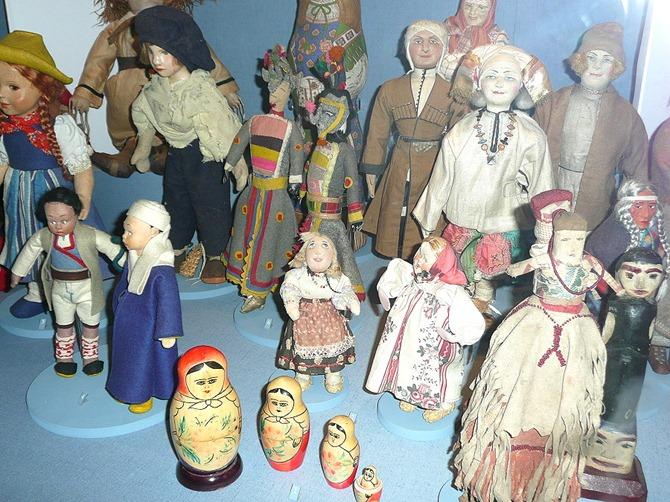 Penhryn Castle dolls museum