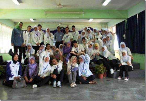 majlis_perasmian_program_ukm-cimb_green_rose_9_april_2011_20110428_1012089538