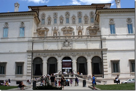 Ucceliera Villa Borghese