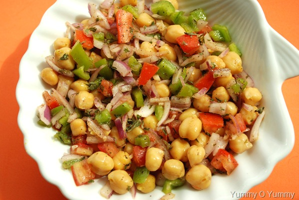 Greek Style Garbanzo Salad