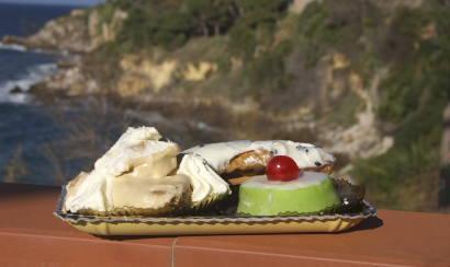 Süße Sünden der sizilianischen Küche: Profiterolo, Cassata und Cannolo