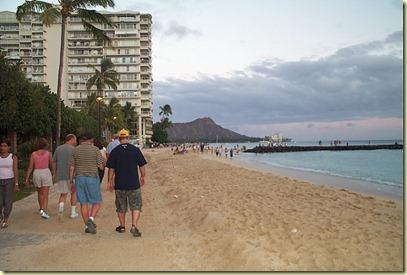 Dcp_5138-dad and sean on waikiki beach