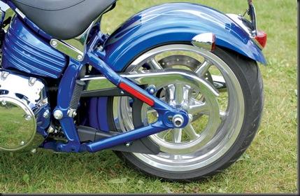 033710_2009_Harley-Davidson_Rocker_C_etoile_noire[1]