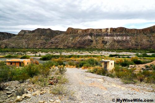Contrabando movie site - Adobe buildings by Rio Grande