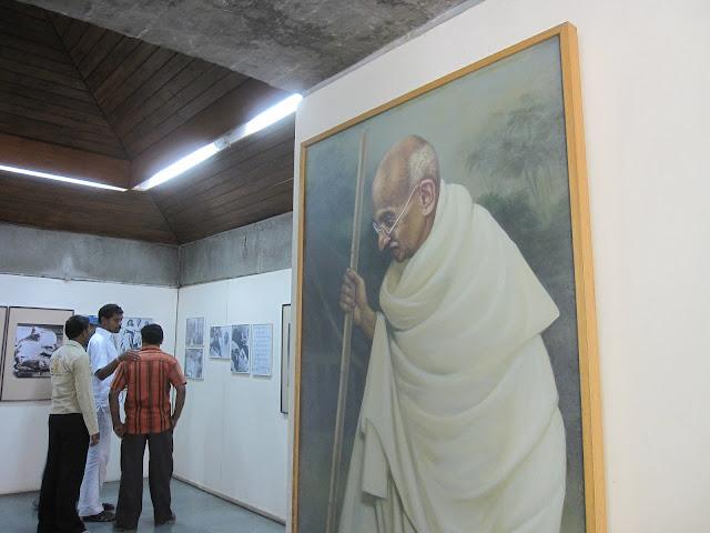 India - Alex Budak