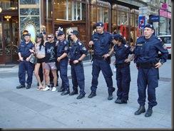 military_woman_austria_police_000040