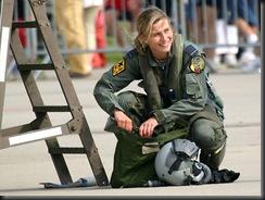 military_woman_belgium_army_000022