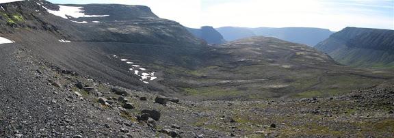 Horft til Önundarfjarðar frá toppi Breiðdalsheiðar. Samsett mynd