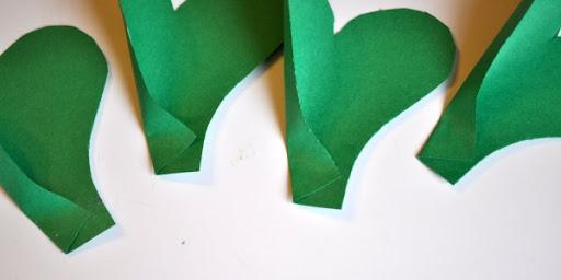 DIY St. Patrick's Day Shamrock Pinwheel 4