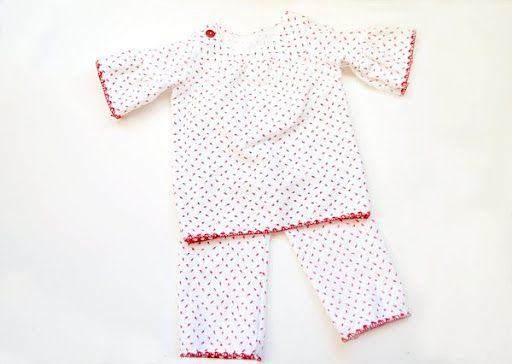 Little Girl Pajamas From A Blanket