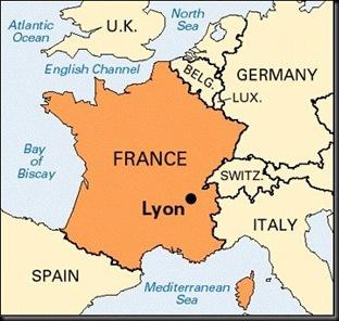 LyonFrance_Scene_of_shooting_of_ten_moms_at_kindergarten_(2)