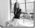 B&W wallpaper pic of TV/Film actress eliza dushku
