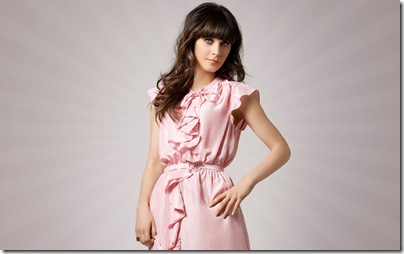 zooey_deschanel-hollywooddesktopwallpapers 4