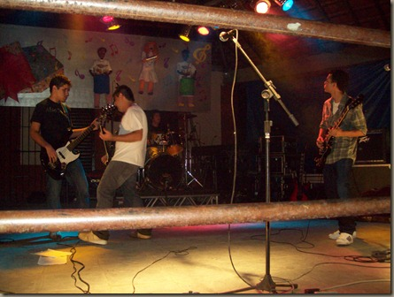 banda-tavulah-banda-cpm22-expo-quatis-2010-feira-da-roça- (11)
