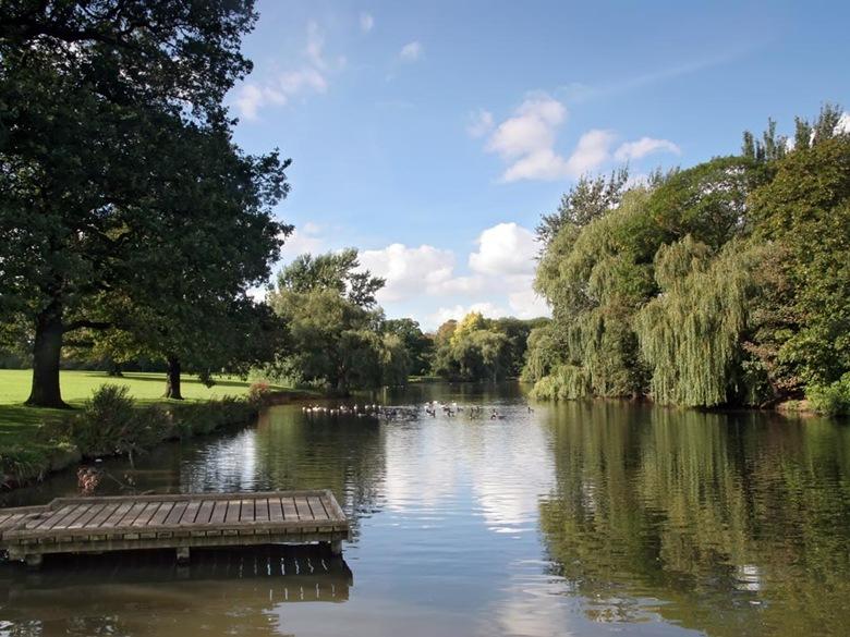 markeaton-lake-summer