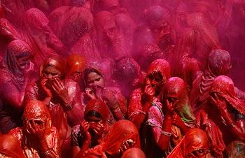 波士顿大图集 – 洒红节:色彩的节日