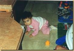 Elena  primi gattoni 16 mesi