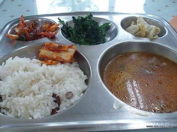 世界各国的校餐 韩国:泡菜、蔬菜、米饭