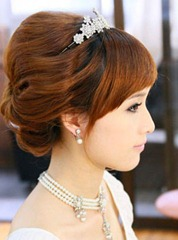 10-Simple-Beauty-Lovely-wedding-hairstyles-4