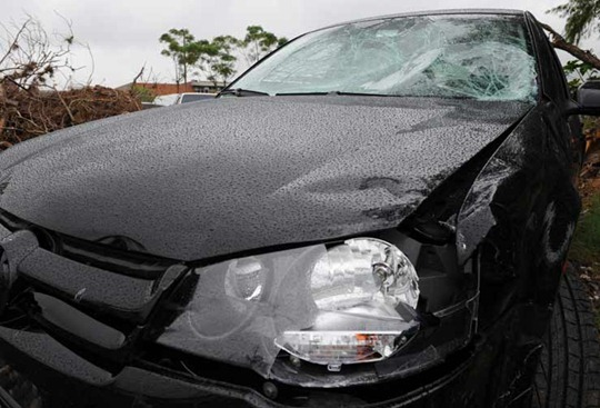 Volkswagen Golf involved in Critical Mass incident in Porto Alegre, Brazil