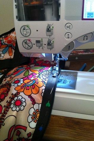 sewing2-2010-12-13-09-52.jpg