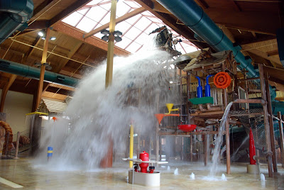 Great Wolf Lodge Review - tipping bucket