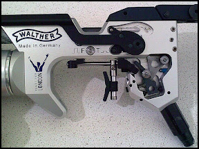 Photo: Walther LP 400, trigger