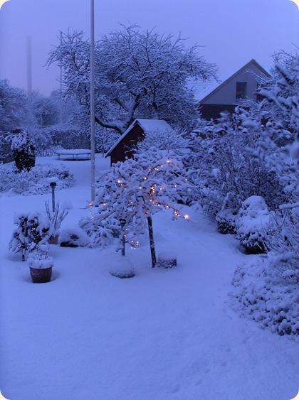 Sne med sne på