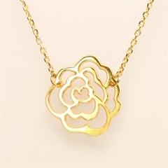 bijoux-collier-plaque-or-fleur-brandallet
