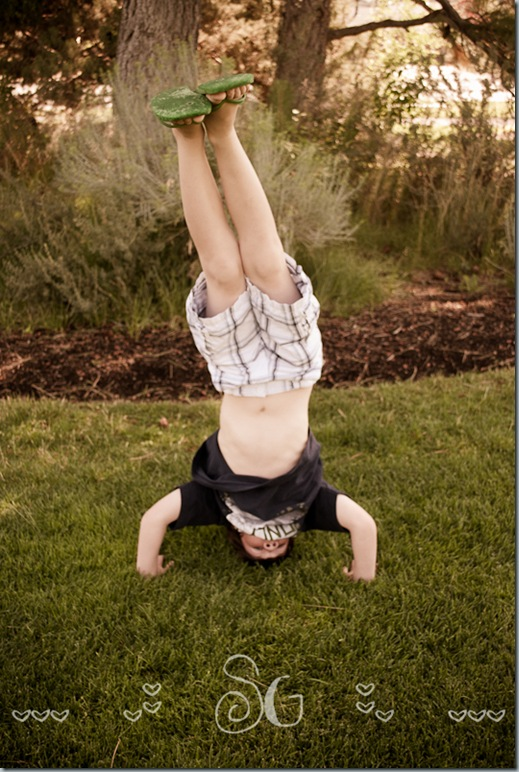 Super-Awesome Headstand