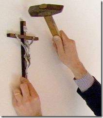 crocifisso OBBLIGATORIO