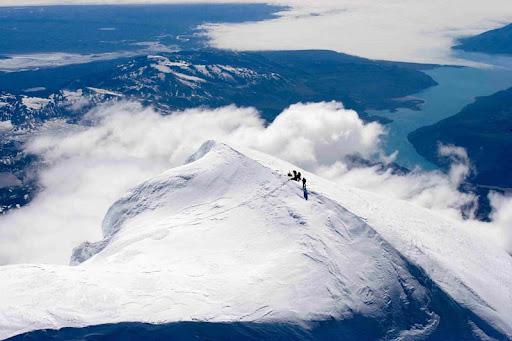Mount St. Elias. Самый длинный спуск на лыжах
