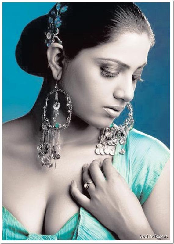 Kavita Radheshyam Hot PhotoShoot, Video : I support Peta