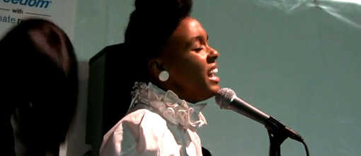 Janelle Monáe performs 'Cold war' at Outside land | Live performance