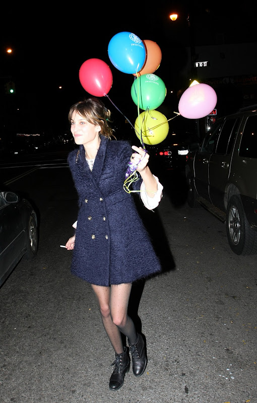 78757_alexa_chung_at_sweetiepie_in_nyc_tikipeter_celebritycity_006_123_447lo
