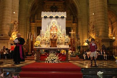 Ofrenda de flores de los niños a la Virgen de la Cabeza