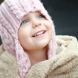 It's so cold by Lucia STA - Babies & Children Child Portraits