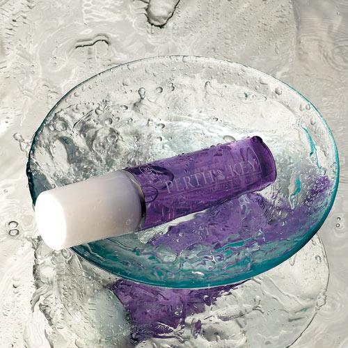 臉部保養,保濕產品,薰衣草精油,臉部保濕,玻尿酸保濕精華液,保濕美白