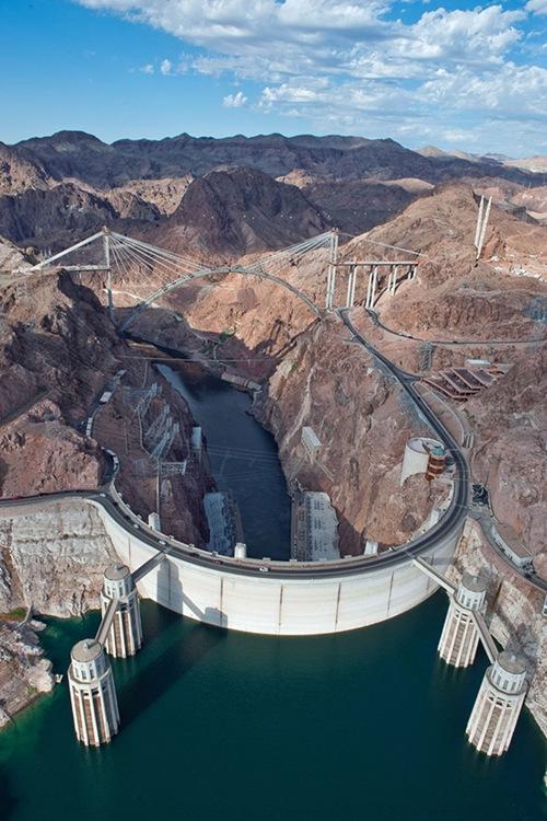 The-Hoover-Dam-Bypass-Bridge-1