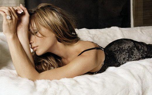 Victoria Beckham Sexy Photos