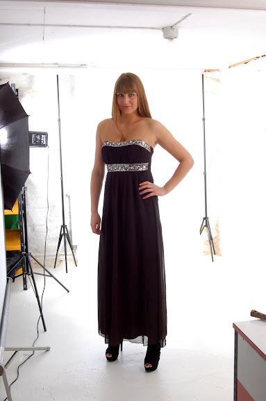 Lång klänning från Miss Ewing