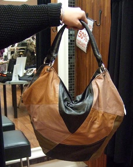Charmant väska 499 kr