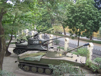 The Vietnam Military History Museum Hanoi  (7)