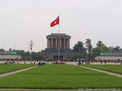 Hanoi Ho Chi Minh Mausoleum (12)