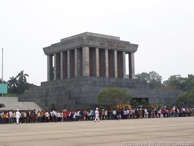 Hanoi Ho Chi Minh Mausoleum (8)