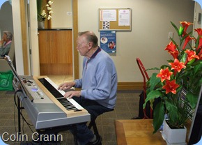 Club member, Colin Crann, entertaining the residents with his Yamaha DGX620 ensemble piano