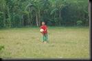 Anak kecil Main Sepakbola (7)